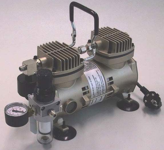 Air com peque o compresor silencioso sin aceite 3533 af for Compresor de aire silencioso