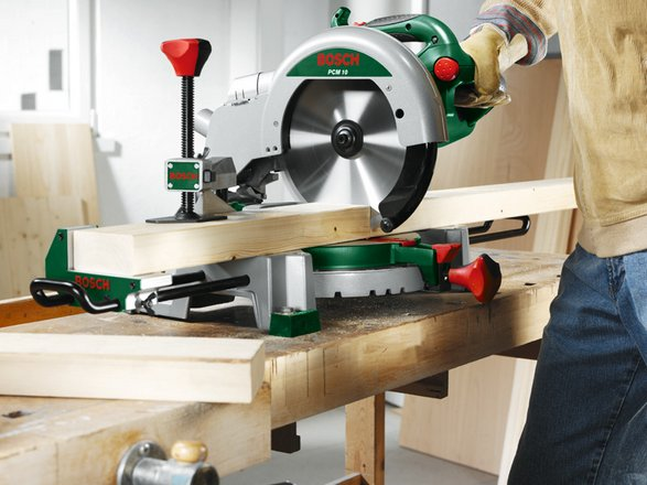 bosch pcm 10 t ingletadora 1500 w con bastidor inferior pcm10t. Black Bedroom Furniture Sets. Home Design Ideas