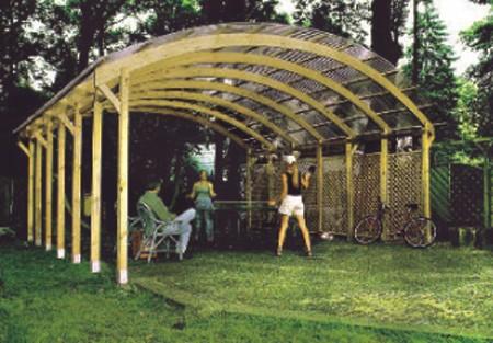 Seifil percan pergola cubierta de madera y techo pvc 500 for Cobertizos de chapa